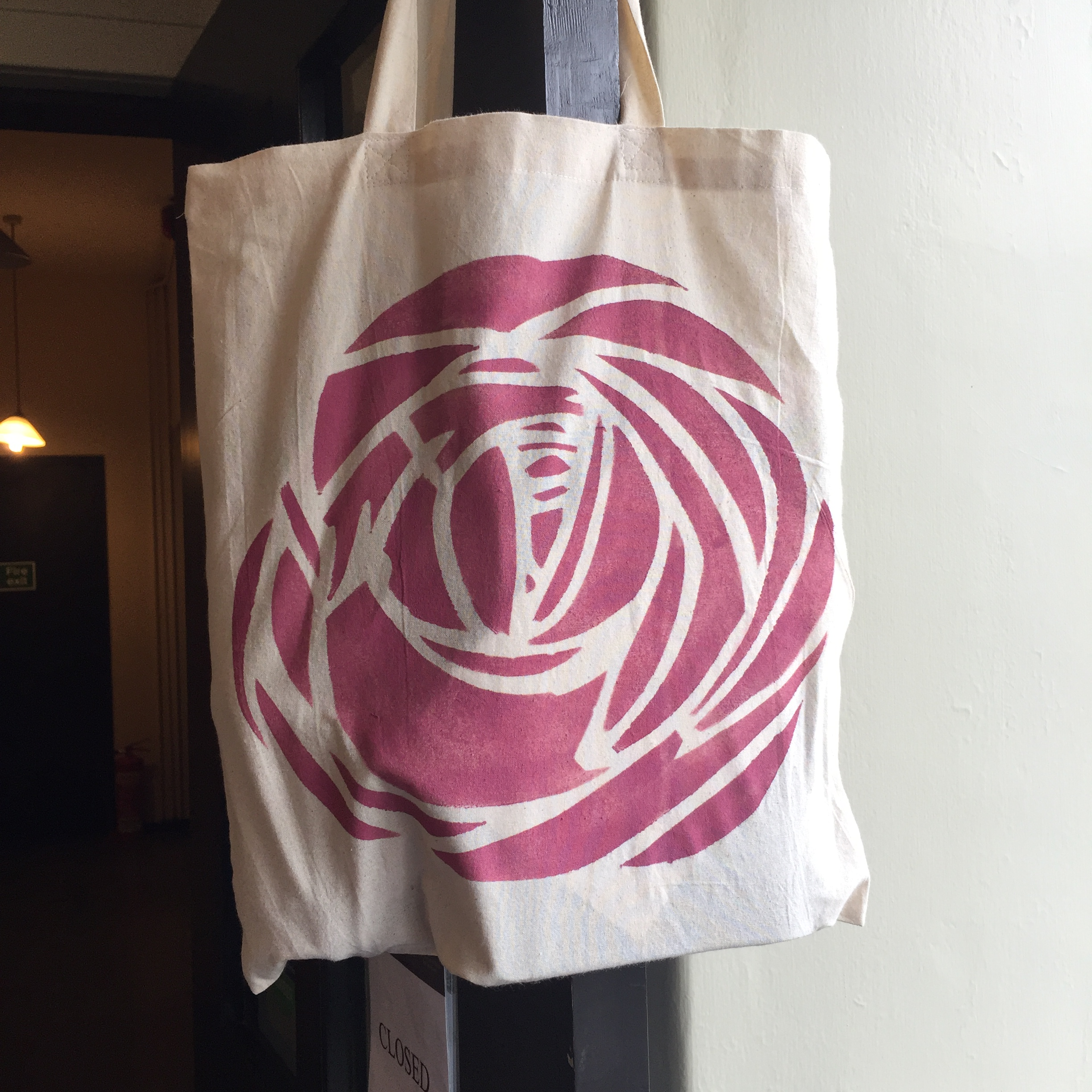 THE BIG ROSE BAG FOR LIFE u2013 A MACKINTOSH ROSE TO CARRY YOUR SHOPPING IN AN ECO FRIENDLY MANNER & THE BIG ROSE BAG FOR LIFE u2013 A MACKINTOSH ROSE TO CARRY YOUR SHOPPING ...